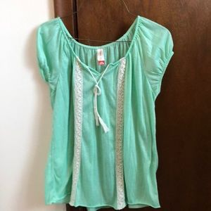 Tops - Mint green peasant top blouse